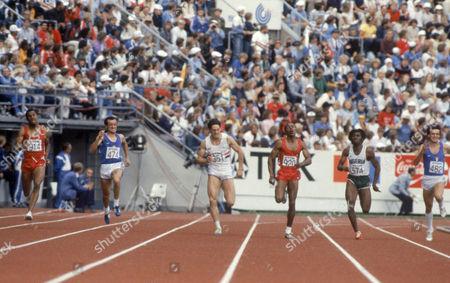 The men's 200 metres. From left: 914: silver Elliott Quov (USA); 474: bronze Pietro Paolo Mennea (ITA); 351: Allan Wells (GBR); 920: gold Calvin Smith (USA); 574: Egbunike Innocent (NGR); 482: Carlo Simionato (ITA) - 14 Aug 1983