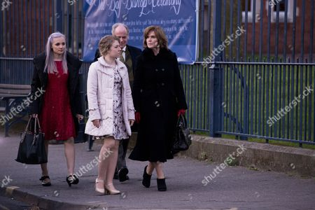 Rowenna Napier [Leila Mimmack], Jane Watkins [Sally Messham], Tim Purefoy [Geoff McGivern] and Angela Purefoy [Siobahn Finneran].