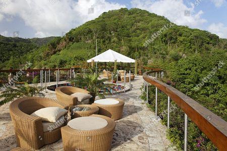 Roof terrace, Dedon, furniture, natural stone floor, hemisphere, rain forrest, unique, Jade Mountain luxury hotel, Saint Lucia, Windward Islands, Lesser Antilles, Caribbean, Caribbean Sea