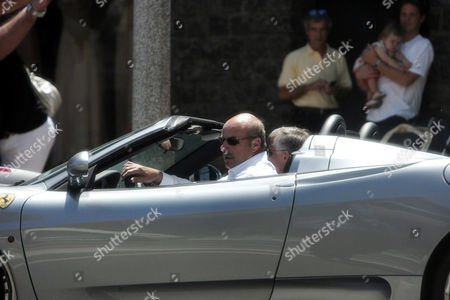Dr Phil McGraw has lunch at the Ivy restaurant in Beverly Hills