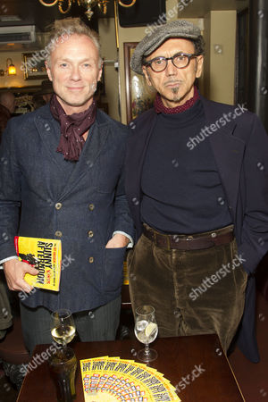 Gary Kemp and Kevin Rowland during the interval