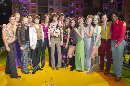 Tom Whitelock (Pete Quaife), Danny Horn (Ray Davies), Oliver Hoare (Dave Davies), Damien Walsh (Mick Avory) and members of the company backstage