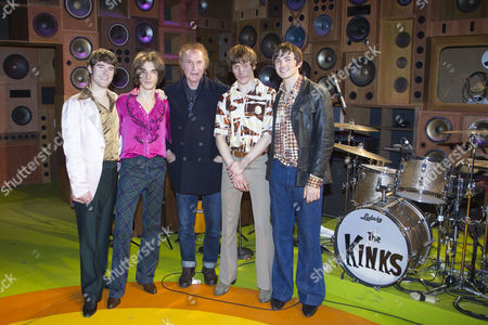 Tom Whitelock (Pete Quaife), Oliver Hoare (Dave Davies), Ray Davies (Music), Danny Horn (Ray Davies), Damien Walsh (Mick Avory) and members of the company backstage