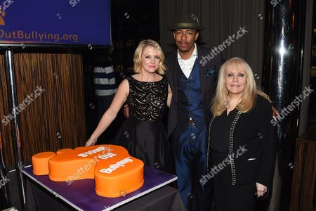 Stock Picture of Melissa Joan Hart, Nick Cannon, Ross Ellis
