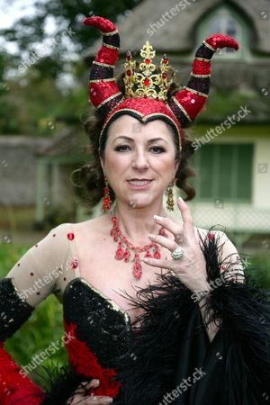 Stock Photo of Kim Ismay as the Wicked Queen