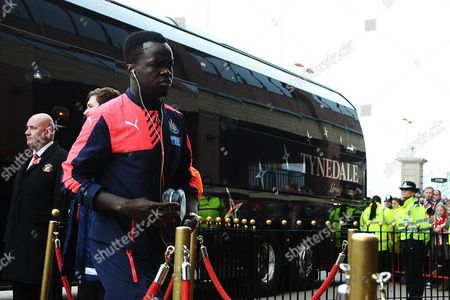 Cheik Tiote of Newcastle United arrives from the team bus during Sunderland AFC vs Newcastle United at the Stadium Of Light