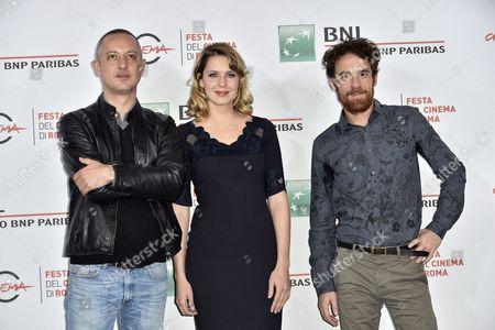 The director Claudio Cupellini, Elena Radonicich, Elio Germano