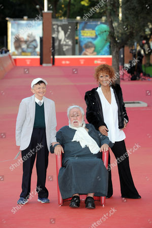 Stock Picture of Plinio Fernando, Paolo Villaggio and Anna Mazzamauro