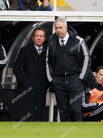 Fulham manager Kit Symons with Alan Curbishley during the SkyBet Championship match between Fulham v Reading played at Craven Cottage Stadium, London on October 24th 2015