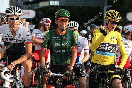 (L to R) Fumiyuki Beppu (Trek Factory Racing), Yukiya Arashiro (Europcar), Chris Froome (Sky)
