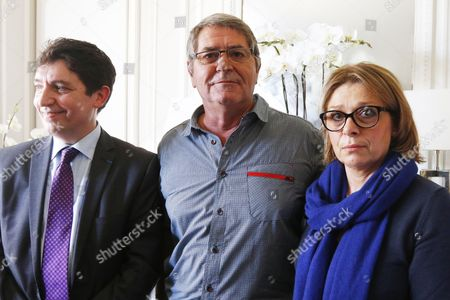 French senator Olivier Cadic, French pilot Pascal Fauret, his wife Sabine, during a press conference at Dupond-Moretti lawyers office. Two French pilots sentenced to 20 years in jail in the Dominican Republic for cocaine trafficking have managed to get out of the country and return home
