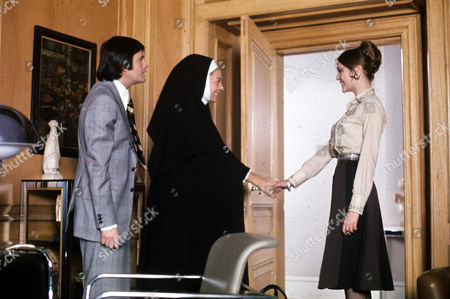 Ralph Bates, Eileen Atkins and Judy Buxton