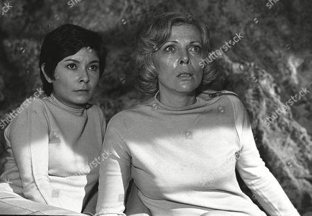 Zienia Merton and Barbara Bain