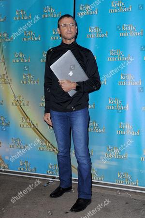 Michael Gelman dressed as Steve Jobs