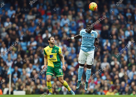 Bacary Sagna of Manchester City and Matthew Jarvis of Norwich City during the Barclays Premier League match between Manchester City and Norwich City played at the Etihad Stadium, Manchester on October 31st 2015
