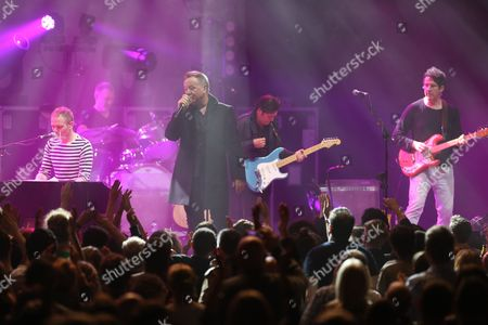 Belle and Sebastian with Simple Minds - Stuart Murdoch, Richard Colburn, Jim Kerr, Charlie Burchill and Stevie Jackson