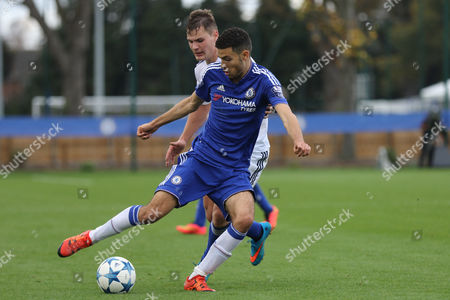 Isaac Christie-Davies of Chelsea in action during Chelsea U19 vs Dynamo Kiev U19 at the Cobham Training Ground