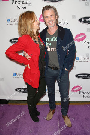 Stock Photo of Missy Yager and Sam Trammell