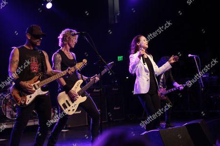 Dave Kushner, Duff McKagan, Juliette Lewis, Gilby Clarke