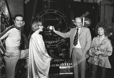 Behind the scenes, Martin Landau, Barbara Bain, Gerry and Sylvia Anderson