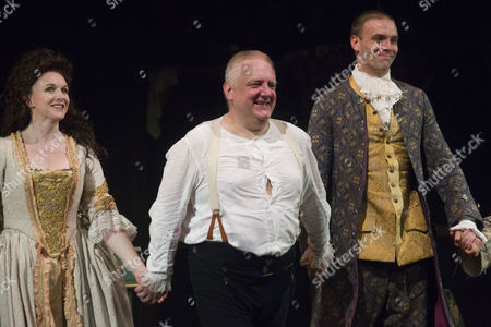 Dervla Kirwan (Peg Woffington), Simon Russell Beale (Samuel Foote) and Joseph Millson (David Garrick) during the curtain call