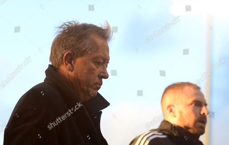Alan Curbishley during the Sky Bet Championship match between Fulham and Birmingham City played at Craven Cottage, London on November 7th 2015