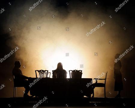Matthew Best (Marquis ofCalatrava), Tamara Wilson (Leonora), Clare Presland (Curra)
