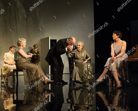 Emerald O'Hanrahan (Lucy Davenport), Sylvestra Le Touzel (Frances Trebell), Lucy Robinson (Julia Farant), Louis Hilyer (Russell Blackborough), Doreen Mantle (Countess Mortimer), Olivia Williams (Amy O'Connell). Directed by Roger Michell