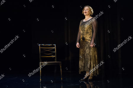 Lucy Robinson (Julia Farant). Directed by Roger Michell