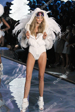 Kate Grigorieva on the catwalk