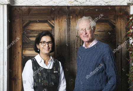 Stock Picture of Bamber Gascoigne and Wasfi Kani