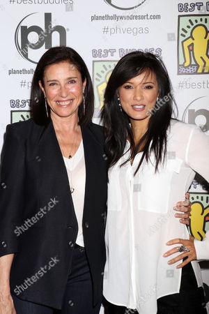 Mimi Rogers, Kelly Hu