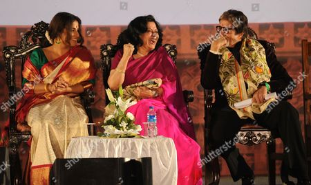 Amitabh Bachchan, Moushumi Chatterjee and Vidya Balan during the ceremony.