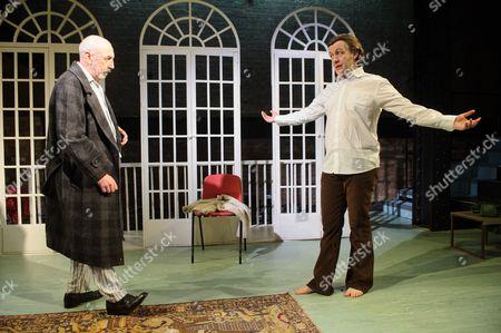Kevin McMonagle (Aaron Esterson), Alan Cox (R. D. Laing)