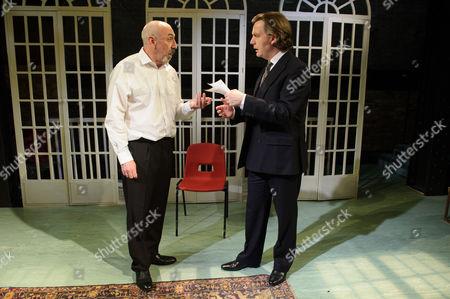 Kevin McMonagle (Aaron Esterson), Alan Cox (R. D. Laing).