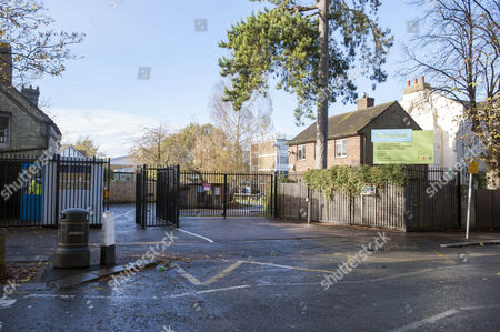Fortismere School Muswell Hill London N11 Where Teachers Have Been Striking In Support For Activist Julie Davis.