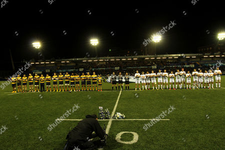 European Rugby Challenge Cup Players of Cardiff Blues and Harlequins pay their respect to Jonah Lomu