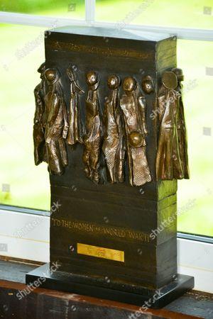 Women of World War 2 maquette