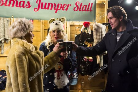 Lewis Bloor brings mulled wine and speaks with Carol Wright and Debbie Douglas about the incident with Jess.