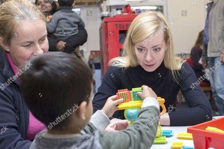 Oxford West and Abingdon MP Nicola Blackwood visits the new Cumnor Pre School Nursery