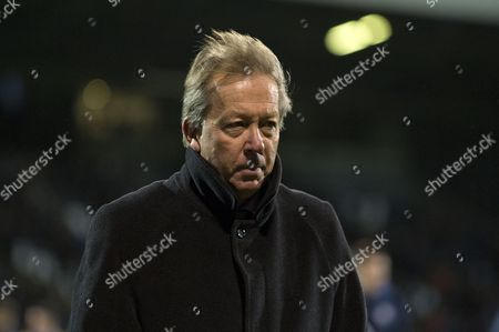Alan Curbishley at full time after the Sky Bet Championship match between Fulham v Preston North End played at Craven Cottage, London on November 28th 2015