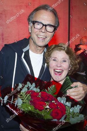 Jonathan Kent (Director) and Imelda Staunton (Momma Rose) backstage
