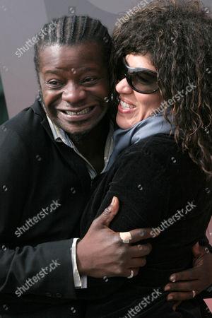 Stephen K. Amos and Rain Pryor, daughter of Richard Pryor