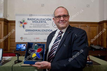 Chris Norman receives the international awards Covite