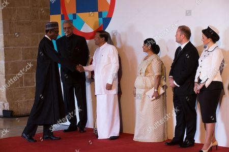 President Muhhamadu Buhari is welcomed by Secretary General of commonwealth Kamalesh Sharma, President of Sri Lanka and Chairperson of Commonwealth Maithripala Sirisena and Prime Minister of Malta Dr Joseph Muscat and his wife as he arrives to participate at the Opening of the 2015 Commonwealth Heads of Government Meeting