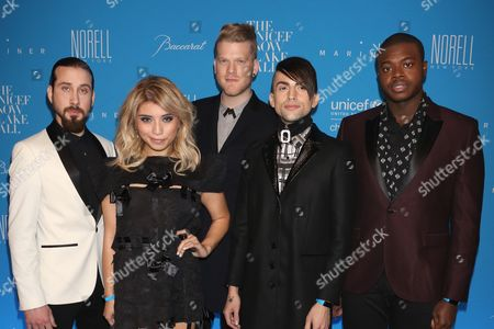 Avi Kaplan, Kirstie Maldonado, Scott Hoying, Mitch Grassi and Kevin Olusola of Pentatonix