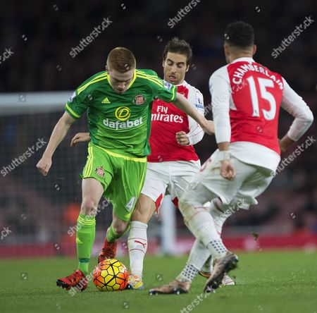 Duncan Watmore steals the ball from Mathieu Flamini during the match at The Emirates Arsenal v Sunderland Barclays Premier League - Emirates Stadium Picture: Sandra Mailer 5/12/15