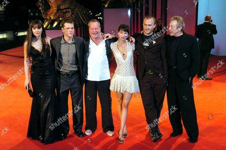 Monica Bellucci, Matt Damon, Terry Gilliam, Lena Headey, Heath Ledger and Chuck Roven at 'The Brothers Grimm' film premiere