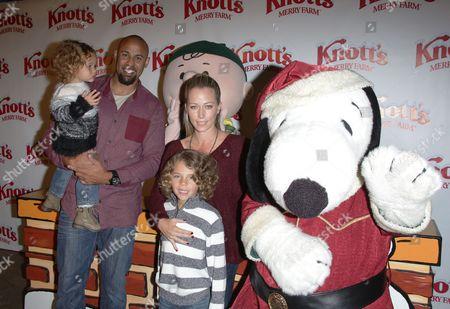 Kendra Wilkinson, Hank Baskett, Alijah Baskett, Hank Baskett Jnr with snoopy