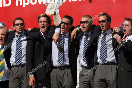 Editorial picture of ENGLAND CRICKET TEAM ASHES VICTORY PARADE, TRAFALGAR SQUARE, LONDON, BRITAIN - 13 SEP 2005